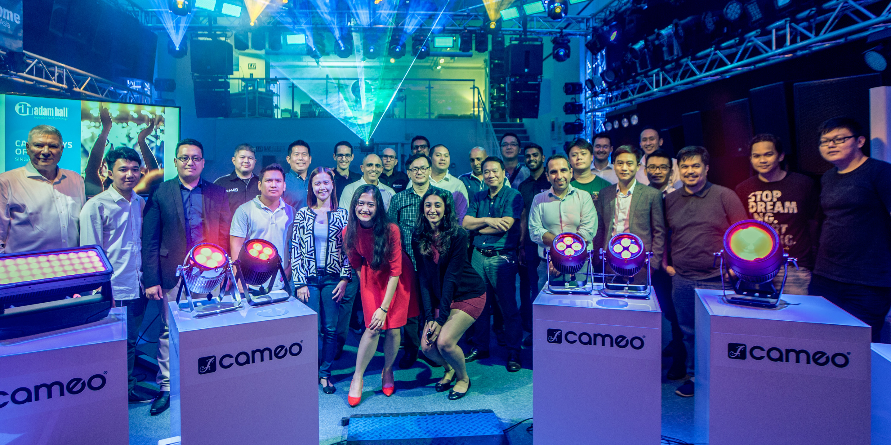 Cameo Day of Light in Singapore Showroom a Resounding Success